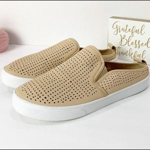 Rue 21 Ect. Slip On Shoes Size 7/8M